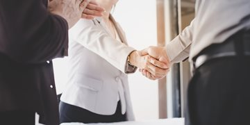 Best Etiquette For Working With a Recruiter